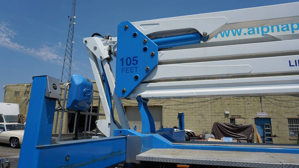 Articulating-Aerial-Lifts2 Articulating Aerial Lifts: Rental From the Large and Reputable Provider